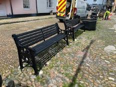 Council Donates New Benches to Celebrate Mayflower 400